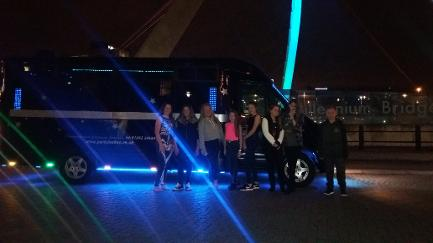 16 seat minibus and party bus hire for Middlesbrough, Newcastle, Sunderland, and the north east of England. Cheap limo and party bus hire.