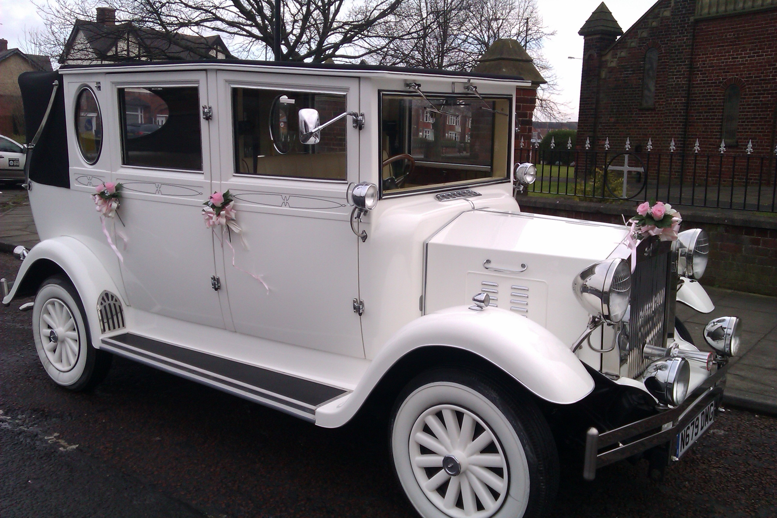 Vintage wedding car hire Middlesbrough, Stockton, Hartlepool, Darlington, Durham and the north east. Redcar and Whitby also covered.